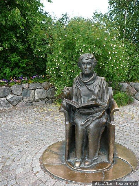 памятник Астрид Линдгрен