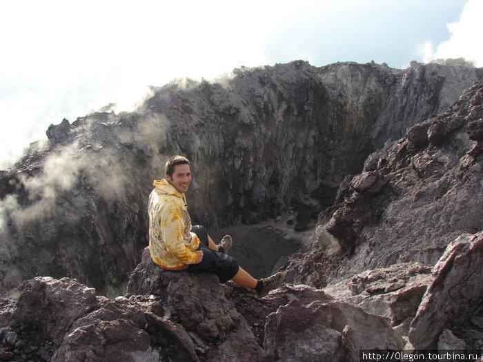 Кратер вулкана