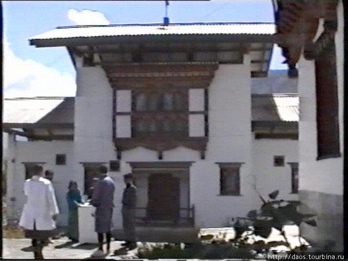 Больница тибетской медицины
