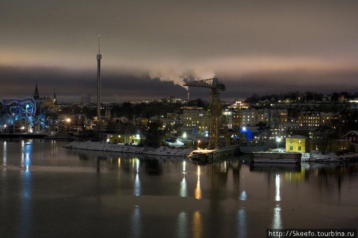 Паром отходит от Стокгольма