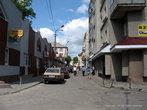 От костела улица отходит в центр города.