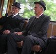 Турдские пенсионеры — элегантны, как чикагские гангстеры 30-х