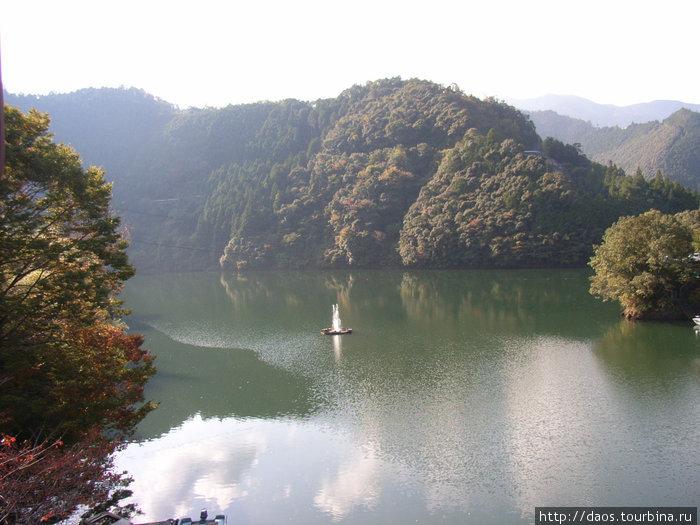 Тоцугава — озеро по пути в Годзё