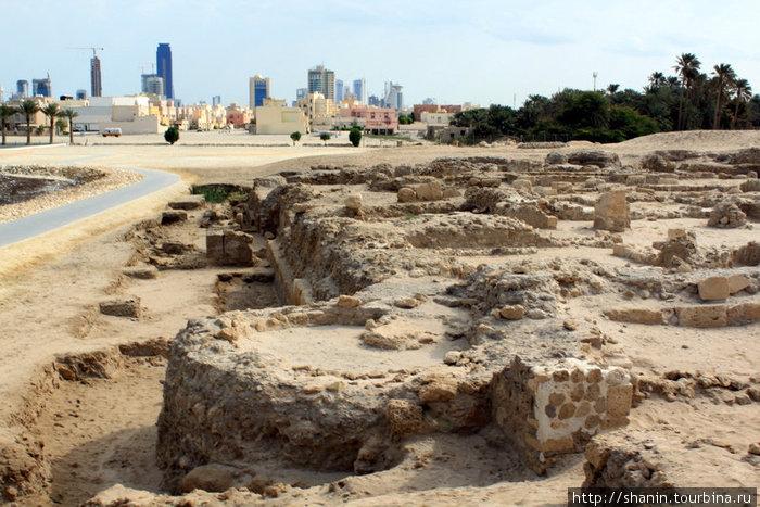 Руины рядом с фортом
