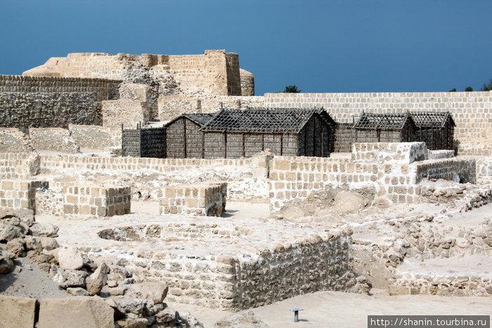 На территории форта