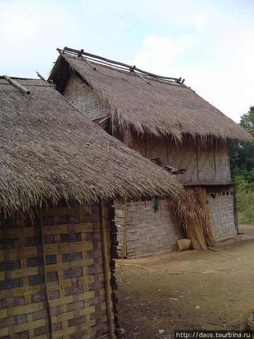 Большая деревня племени кхму