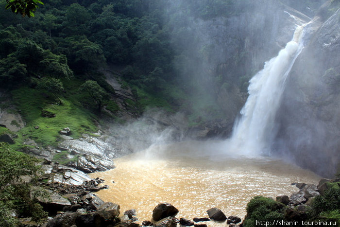 Водопад Духинда