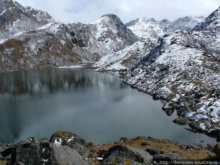 Это озеро по преданию создал бог Шива.
