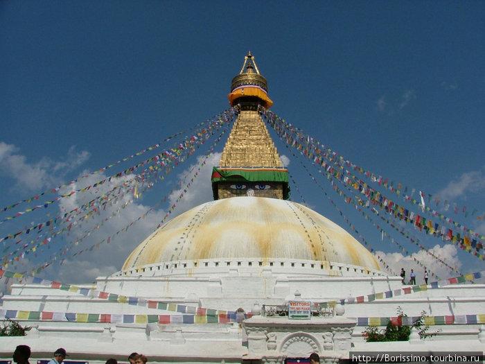 Непал начинается с Катманду.