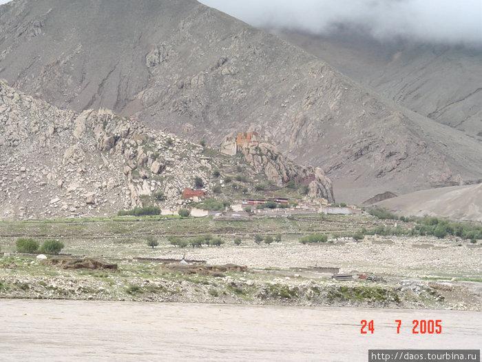 Монастырь Пиндзолинг