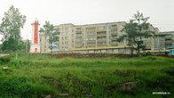 Пятиэтажки и маяк в Ванине