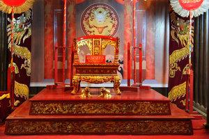 Кресло императора