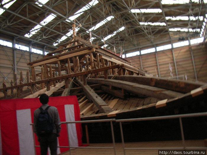 Главный храм (кондо) ремонтируется