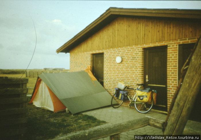 Моя палатка в кемпинге