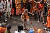 Нага-садху — передовой боец армии Шивы