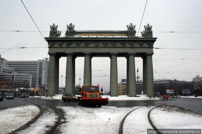Триумфальная арка на Московском проспекте.