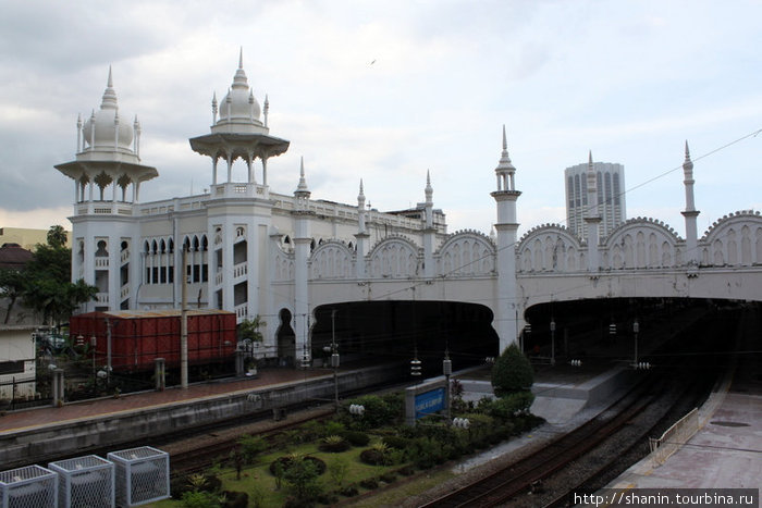 Старый ж/д вокзал — архитектурная достопримечательность