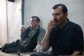 Хозяин работает надзирателем в тюрьме а в свободное время охотится. Пока мы сидели пили чай, он показал видео своей охоты на зайцев.