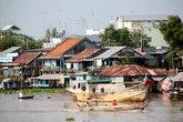 Дома и лодки в Тяудоке