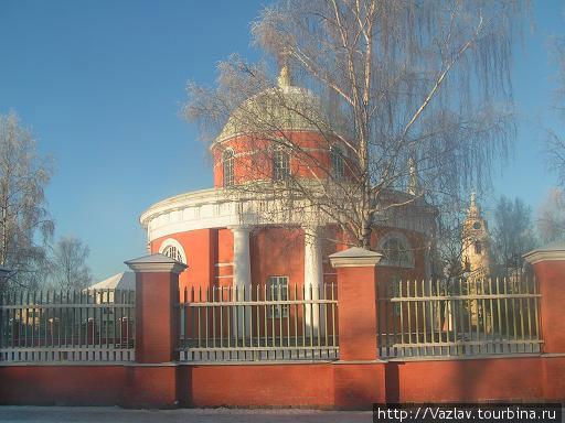 Церковь зимой