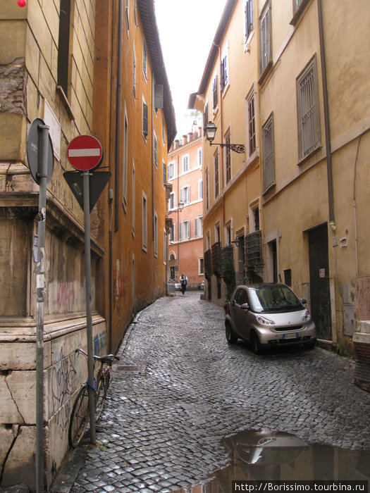 Эта улочка очень напомнила нам Старую Ригу...