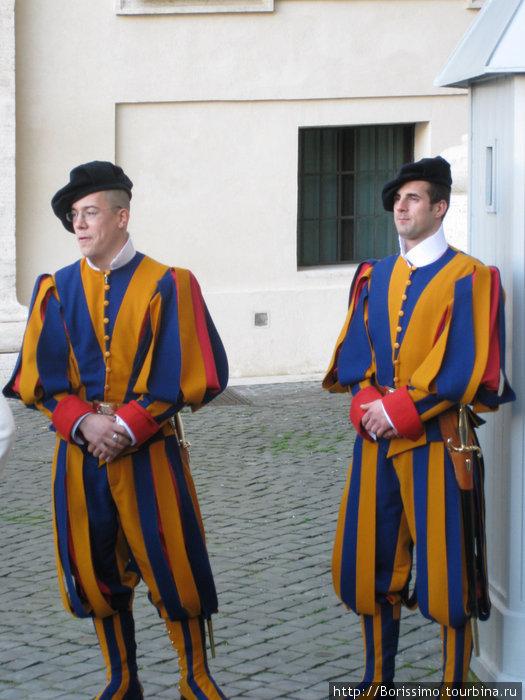 Швейцарские гвардейцы — хранители Ватикана