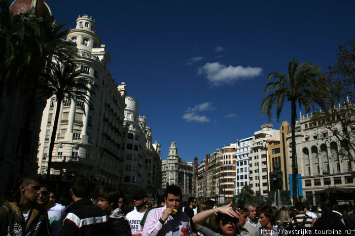 улицы Валенсии во время файяса