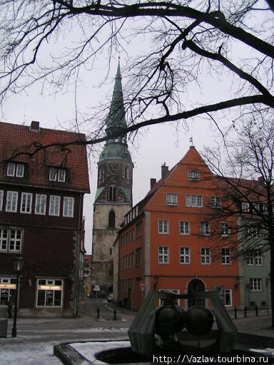 Церковь издалека
