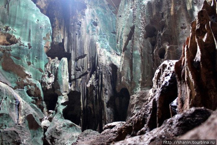 В Великой пещере