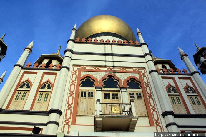Мечеть Султан с золотым куполом