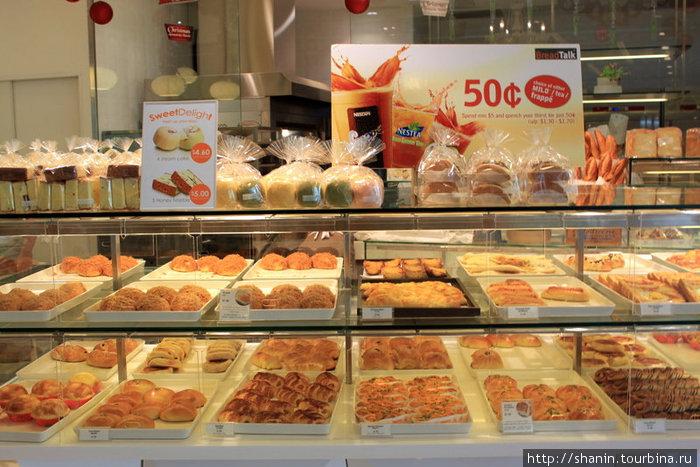 В сингапурской булочной