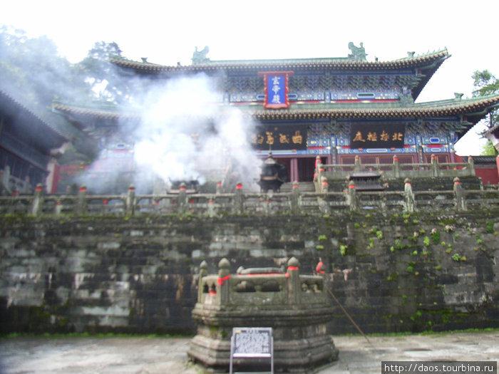 Храм Южного Пика