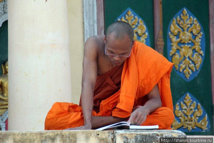 Грамотный монах