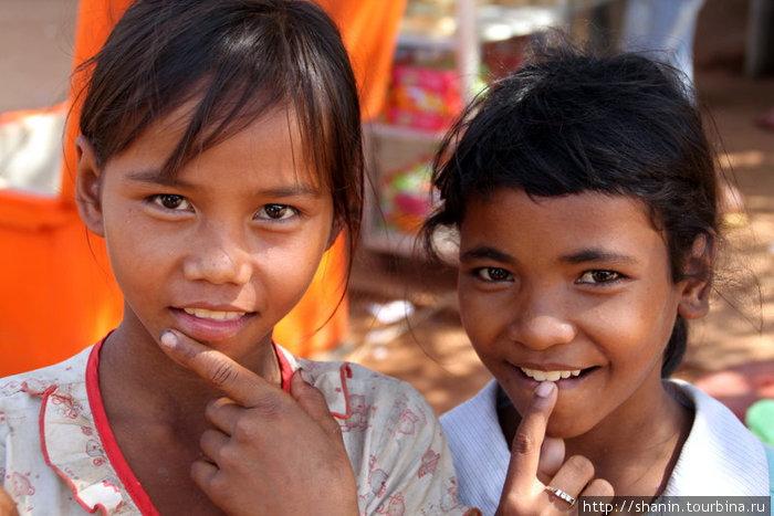 Камбоджийки