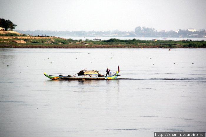 На Меконге в пределах Пномпеня