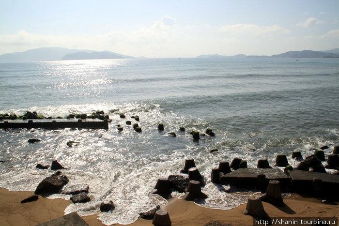 На дальней северной окраине пляжа