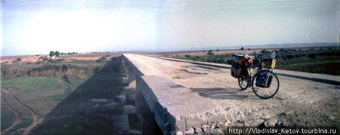 Разрушенные мост