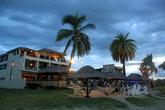 Гостиница для бэкпакеров на берегу моря