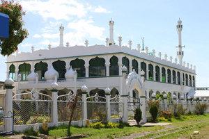 Мечеть в Лаутоке