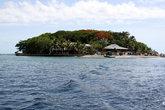 Остров остался за кормой