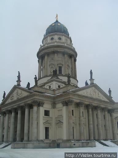 Собор и его купол