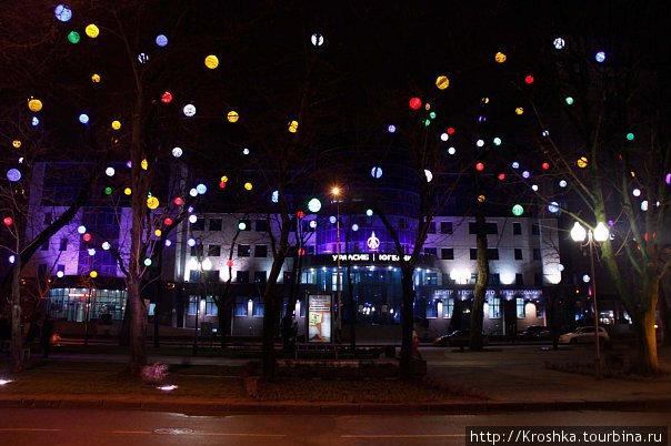 Все фотографии взяты у Александра Головко. Чудесные фонарики!