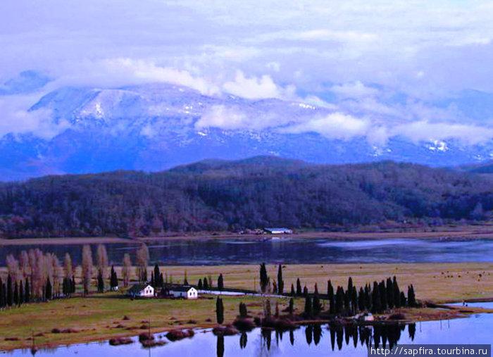 вид на озеро Рица из Пицунды.