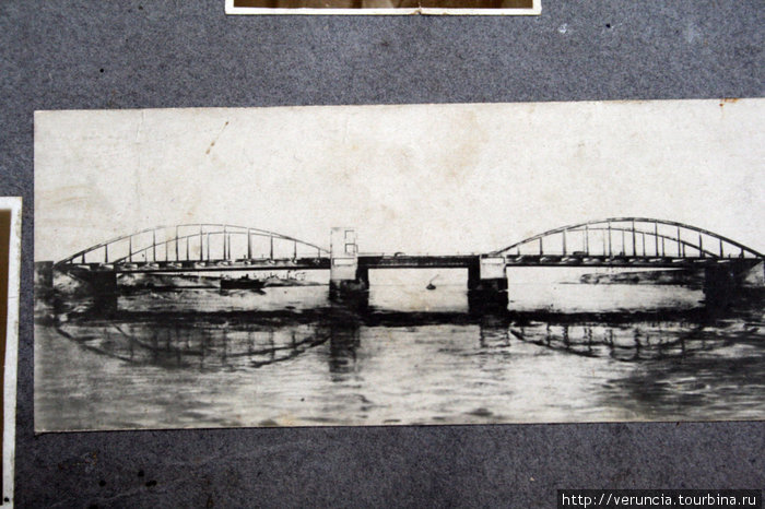 А вот так выглядел сам мост в 30-е г. 20 века.