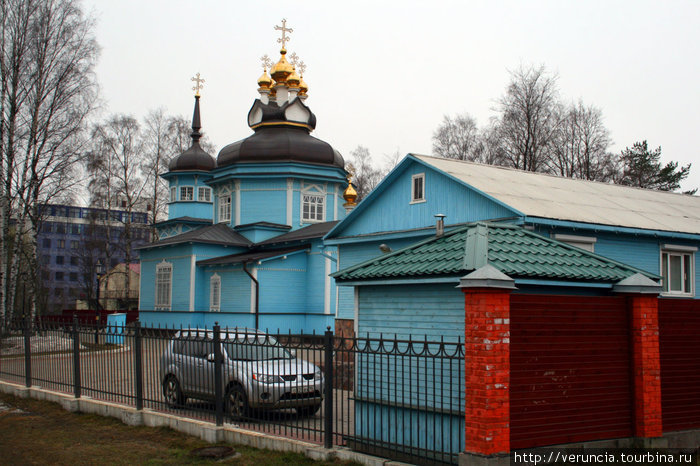 Церковь, в которой в конце 19 века молились деревенские жители и дачники.