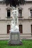Статуя древнеримской богини