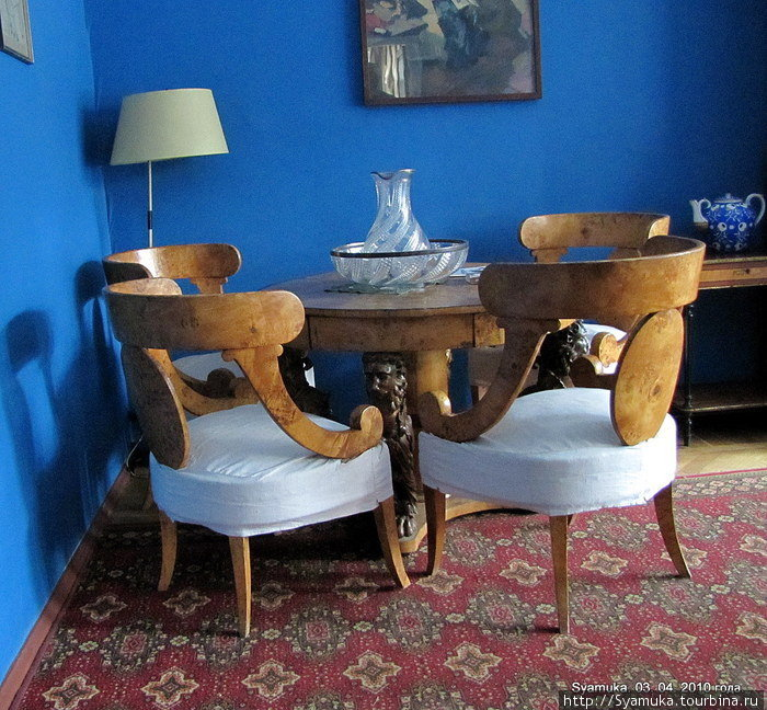 Интерьер дома полностью воссоздан таким, каким он был в последние годы жизни писателя.