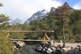 Деревянный мост через горную речку