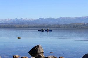Рыбаки- не столько наловить рыбы, сколько  насладиться природой..