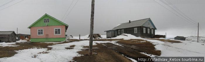 Такие яркие дома на Севере встречаются редко.